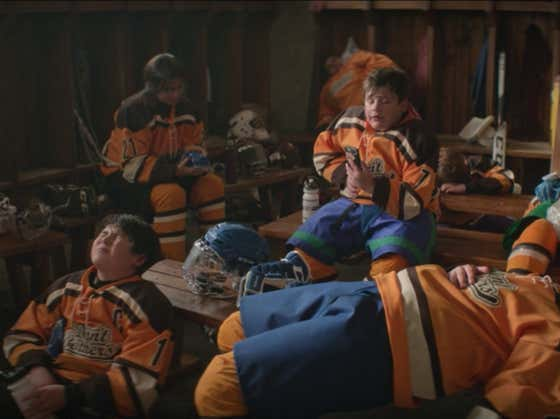 Mighty Ducks Game Changers Episode 2 Recap: The Team Still Sucks And Now We're Glorifying Robbing Ice Rinks