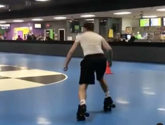 Nobody Had A Better Friday Night Than This Dude Snatching Ankles At The Roller Rink