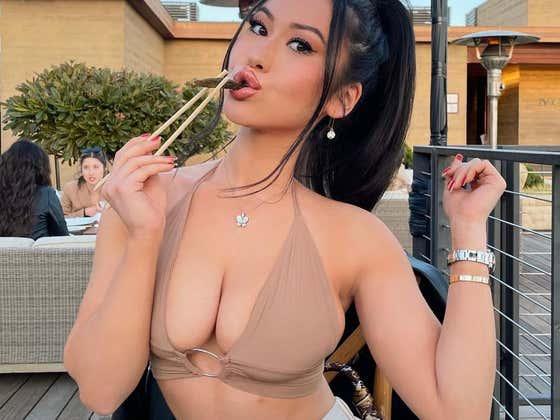 Barstool Friday AM Smokeshow of the Day — Sabrina