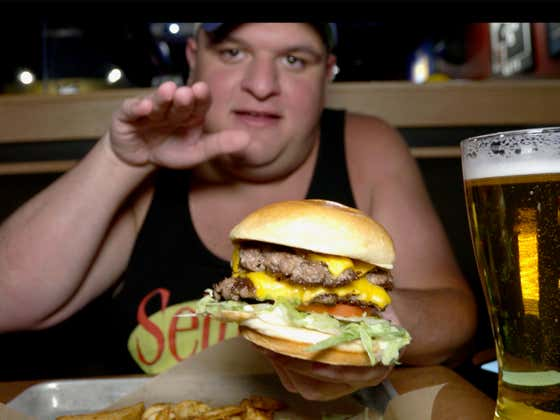 Buffalo Wild Wings All-American Cheeseburger Is As Quintessential As A Burger Can Get