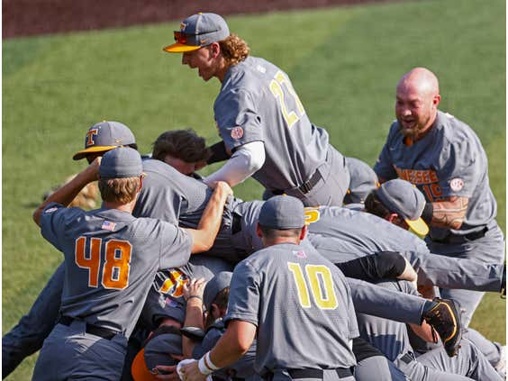 The Contenders, the Pretenders and Who Could Surprise in Omaha
