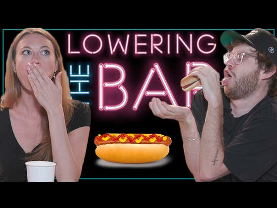 How Quickly Can Barstool Bloggers Eat One Hotdog?