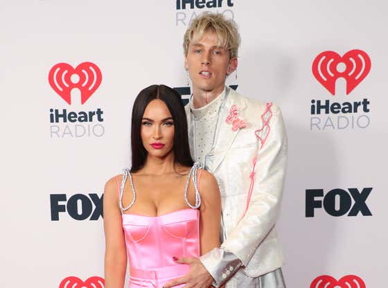 """Megan Fox Confirmed That Her And MGK Go To The Jungle To Do Weird Drugs Together And She Ended Up In """"Eternal Hell"""" In Her Hallucinations"""