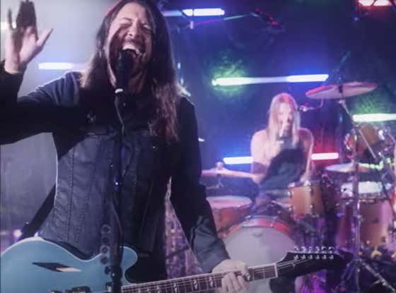 WATCH: Foo Fighters' Debut As New Bee Gees Cover Band 'Dee Gees'