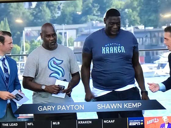 The Seattle Kraken Did Shawn Kemp So Egregiously Dirty With This Shirt Size