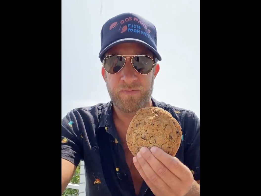 Hamptons Chocolate Chip Cookie Review - Gosman's Fish Market