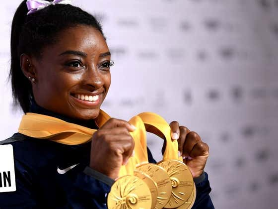 """Simone Biles """"Quits"""" Team USA and Idiots On Twitter Attempt to Drag Her 