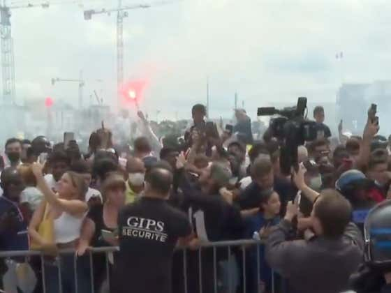 Messi Was Greeted By Thousands Of Fans Going WILD And Lighting Off Fireworks At The Airport As He Arrived In Paris