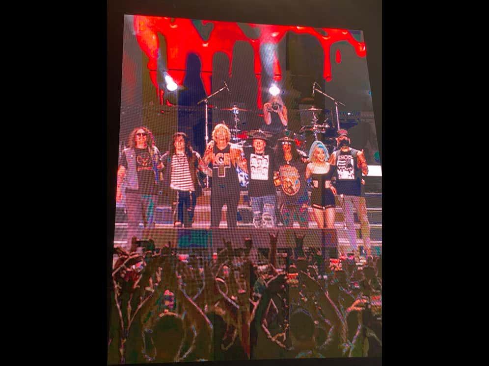 Review: Guns n Roses Live at Wrigley Field