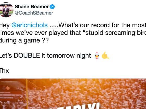 South Carolina's Head Coach And Football Program Spent All Week Complaining About My Blog, Kentucky Promptly Beats Their Ass (Again)