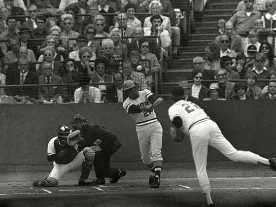 On This Date in Sports October 17, 1971: Roberto Clemente's Showcase