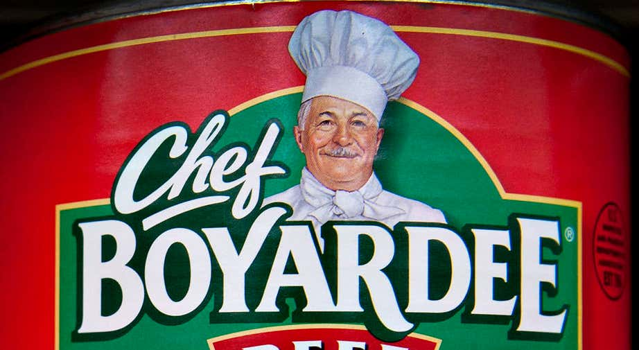 ConAgra Foods Inc. Chef Boyardee brand beef ravioli sits on display in a supermarket in Princeton, Illinois, U.S., on Thursday, June 23, 2011. ConAgra Foods Inc., the food manufacturer attempting to acquire Ralcorp Holdings Inc., posted fourth-quarter profit that missed analysts' estimates, hurt by higher costs in its consumer business. Photographer: Daniel Acker/Bloomberg via Getty Images