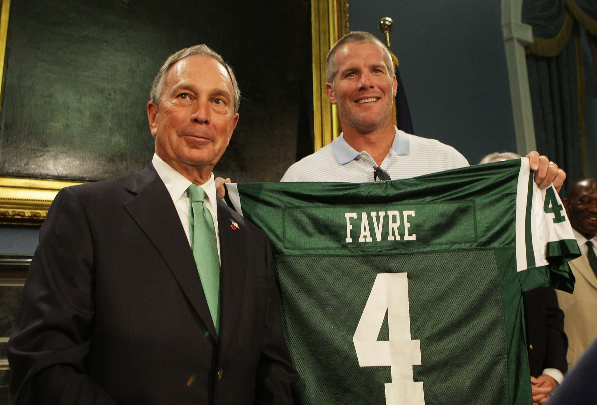 Mayor Bloomberg Welcomes Brett Favre to New York