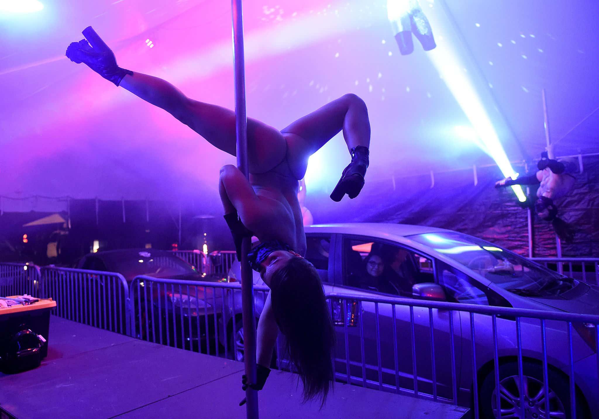 Strip Club Offers Drive Thru Dances During Coronavirus Pandemic