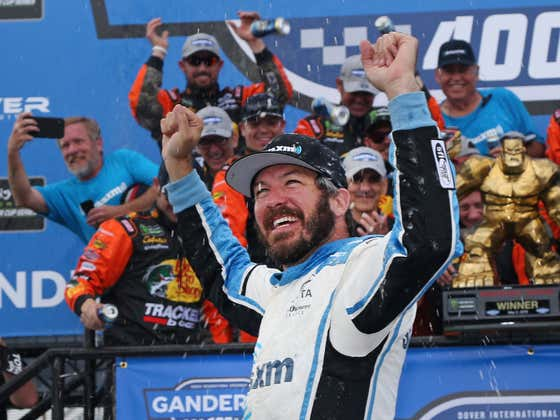 Thursday Night NASCAR Betting Preview (7:30 PM)