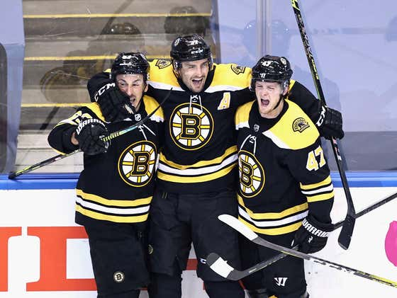 PATRICE BERGERON SCORES IN DOUBLE OVERTIME AND THE BRUINS TAKE GAME 1 OVER THE CANES