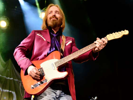 """There's A New Tom Petty Documentary Coming Out Featuring Newly Discovered Film From The Original Recording Of """"Wildflowers"""""""