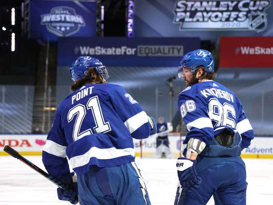 Speaking Of Some Big Ol' Steamers, The Lightning Shit All Over The Islanders Last Night