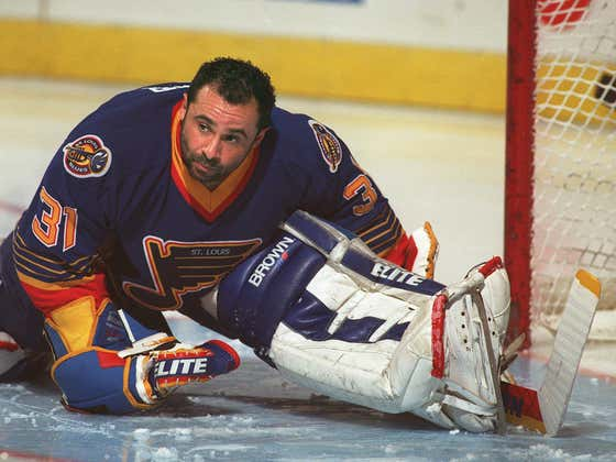 On This Date in Sports November 30, 1995: Grant Fuhr 300