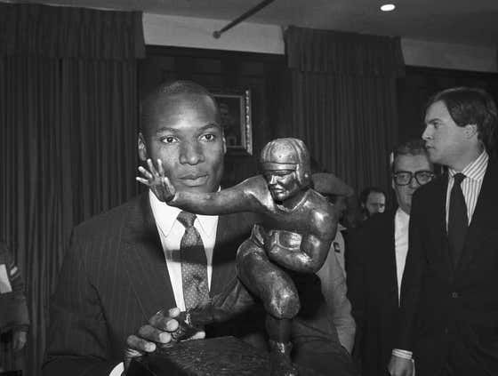 On This Date in Sports December 7, 1985: Bo Knows Heisman