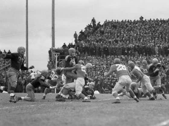 On This Date in Sports December 10, 1939: Packers Blank Giants for Title