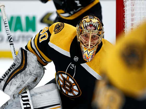 Tuukka Rask Says He Played Through A Torn Labrum In His Hip, Doesn't Want To Test Free Agency... HE'S NOT FUCKIN' LEAVING!
