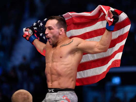 Michael Chandler KOs Dan Hooker In The Very First Round Of His UFC Debut!