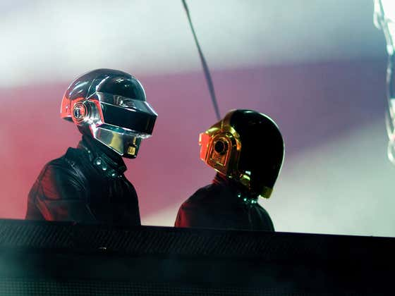 New Footage Dropped From The Clouds Of Daft Punk's Full 2007 Lollapalooza Set, One Of The Best Concert Experiences Of All Time. BONUS - Top Daft Punk Songs Ranked