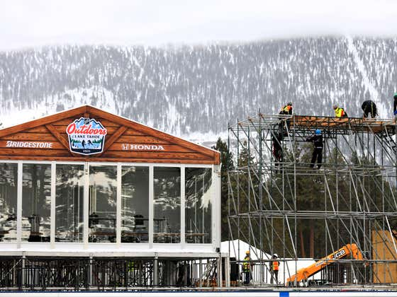 The Rink Setup For The NHL's Outdoor Game At Lake Tahoe Is Aggressively Arousing