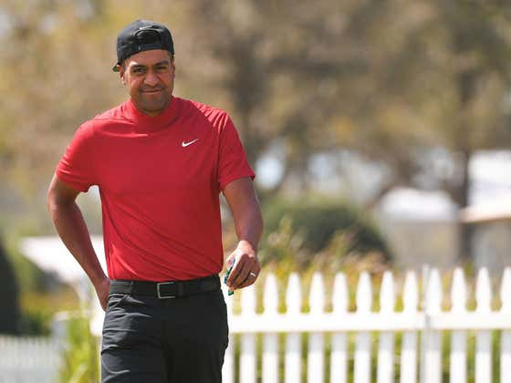 People From All Across The Golf World Are Wearing Red And Black Today In Support Of Tiger Woods