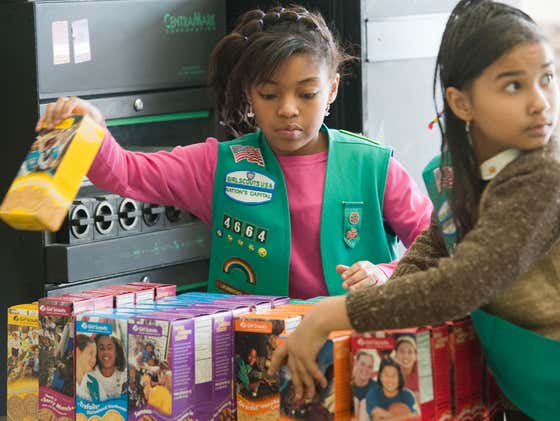 Anyone Got A Fair Punishment For A 43-Year-Old Man Who Stole $1200 Worth Of Girl Scout Cookies?