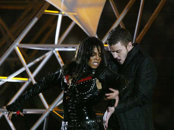 Insider Says Justin Timberlake Whipped Out Janet Jackson's Bewb to One-Up Britney Spears After Her 3-Way Make Out with Madonna and Christina Aguilera