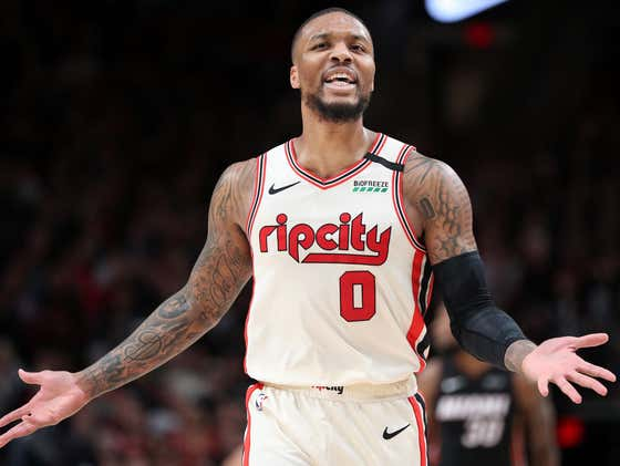 """Damian Lillard Clowns All Over The Report That He'd """"Forgo Paychecks"""" So he Can Join A Title Team"""