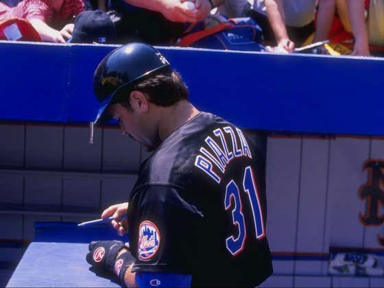 On This Date in Sports May 23, 1998: Piazza Arrives in New York