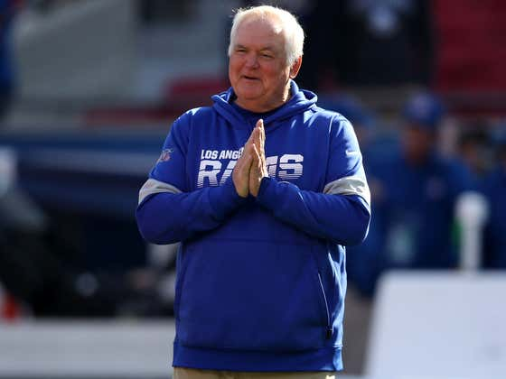 Wade Phillips Reveals What Goes On Behind His Epic Twitter Account