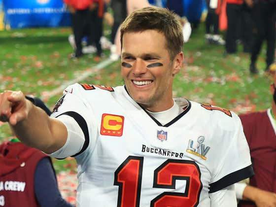 That Great Pregame Super Bowl Speech Tom Brady Gave That the Bucs are Raving About? Yeah, About That. He Plagiarized It. From 2015 Tom Brady.