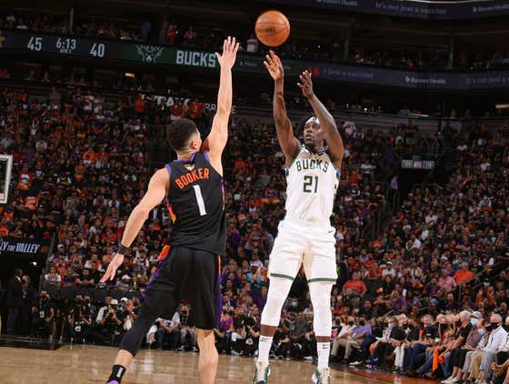 Jrue Holiday Suddenly Turning Into Eric Bledsoe Is Shaping Up To Be A Disaster For The Bucks