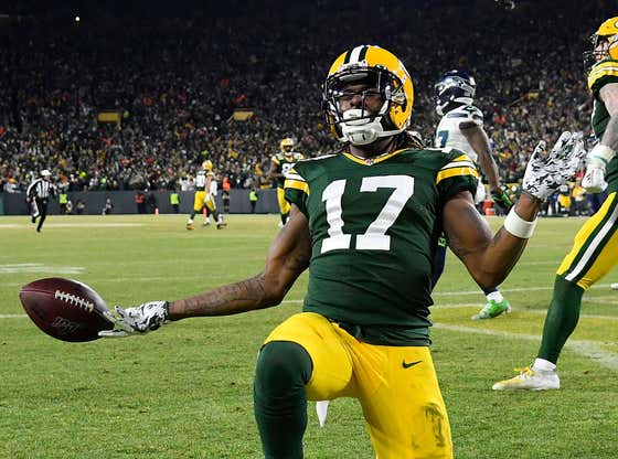 Superstar WR Davante Adams and the Packers Have Reportedly Broken Off Contract Extension Talks And Are in a Bad Place