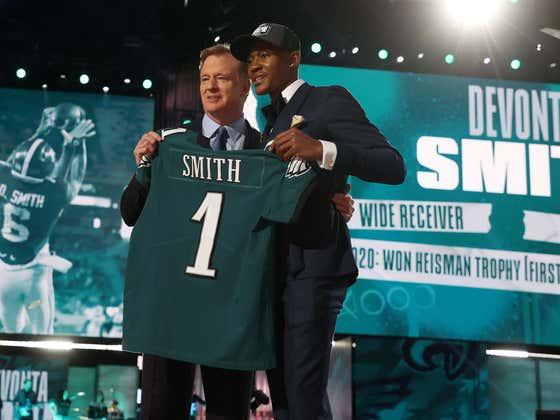 Of Course Eagles WR DeVonta Smith Is Hurt Already