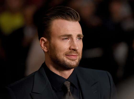 Chris Evans and Selena Gomez Dating Rumors Exploded on Twitter This Weekend