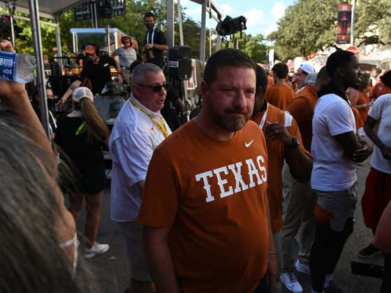 It's Time To Go All In On Texas Basketball After Chris Beard Said He's Giving Up Beer This Season As Part Of 'Team Sacrifice'