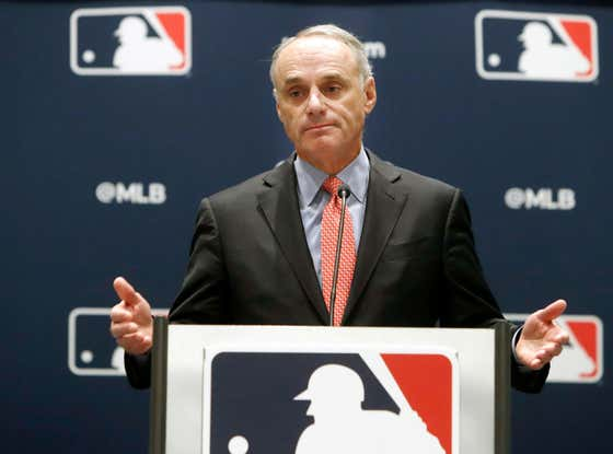Baseball Hater Rob Manfred Says He Might Limit Shifts Going Forward