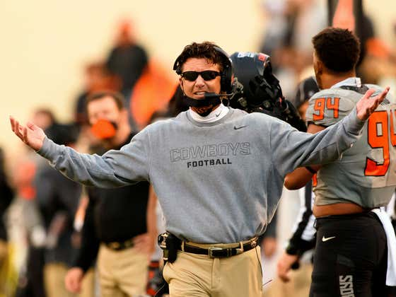 Watch Mike Gundy Absolutely Lose It on a Ref Because Kansas State's Band Won't Stop Playing