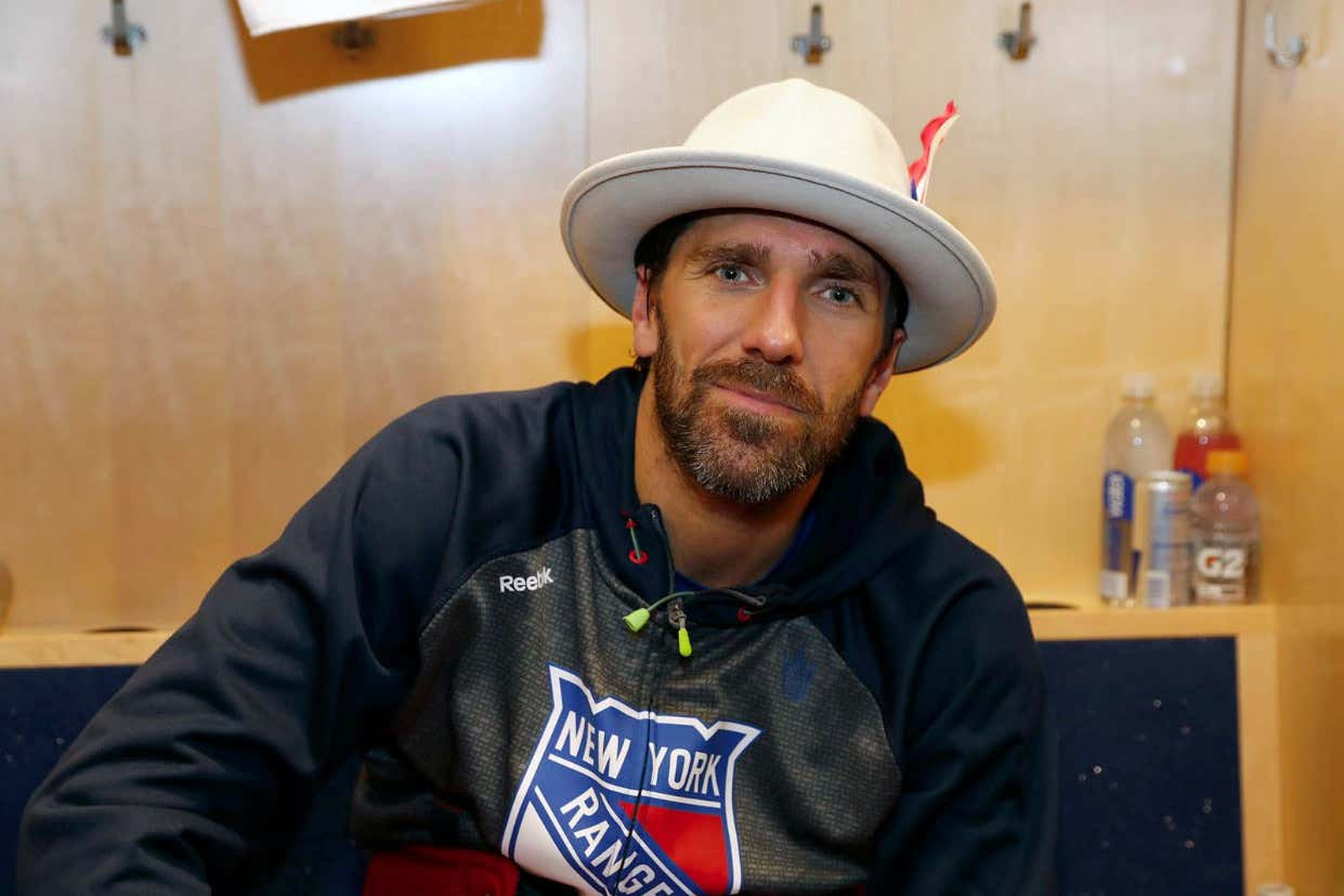 We Re Due For Another Broadway Hat Effort Out Of Henrik Lundqvist