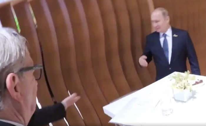 putin-trump-handshake