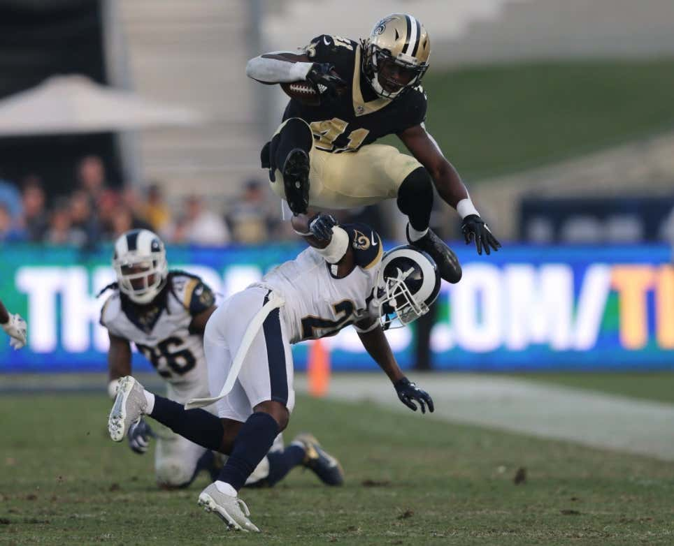 detailed look 4694f b3979 Remember When Alvin Kamara Was Ripped By a Former Teammate's ...