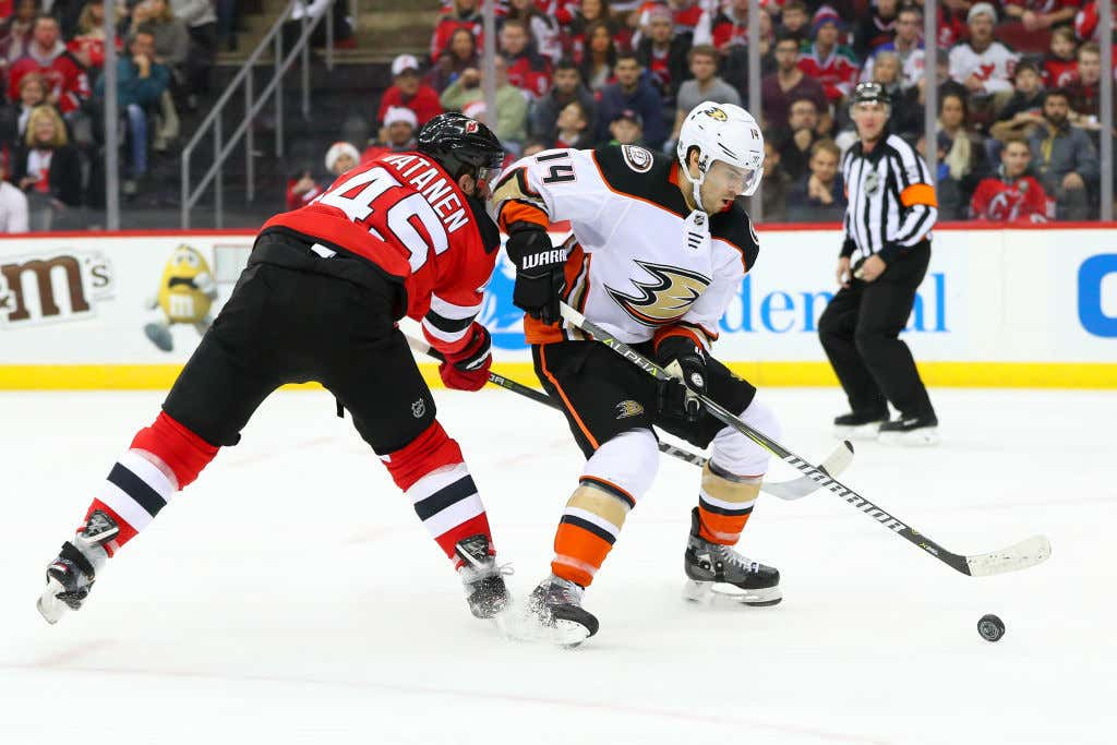 NHL: DEC 18 Ducks at Devils