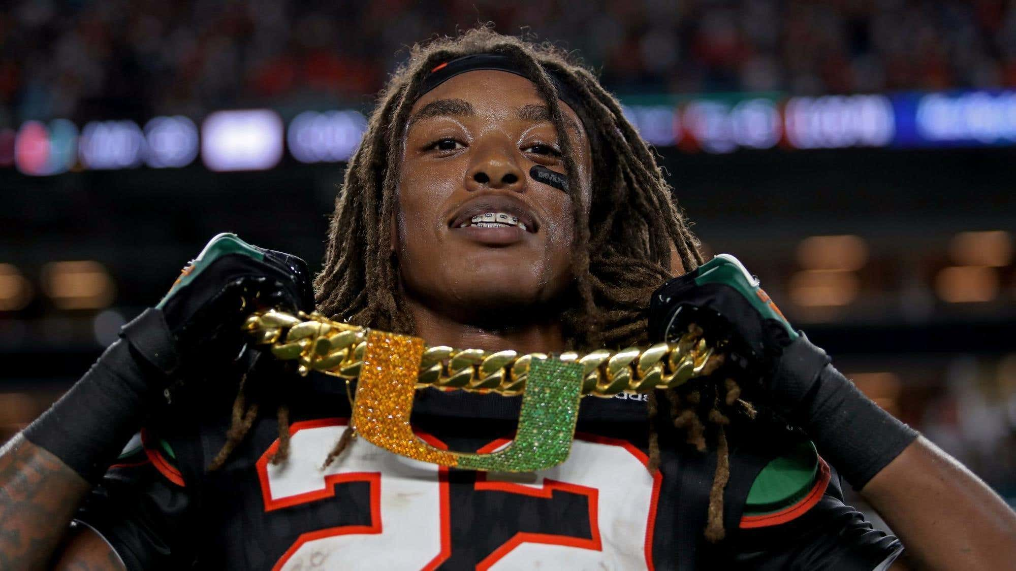 sf-j-wakefield-turnover-chain-miami-canes-beer-20171115
