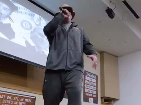 Texas' Herb Hand Proves O-Line Coaches Are Undefeated While Rapping A Rakeem Classic