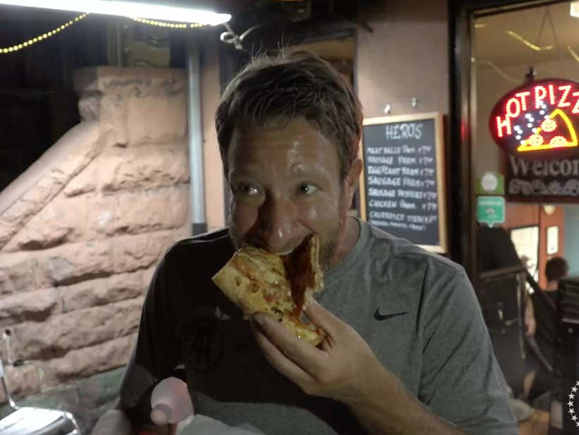Barstool Pizza Review Freddie Amp Peppers Barstool Sports